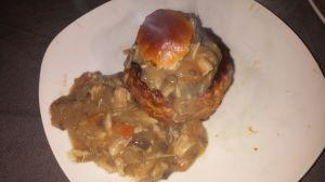 Pasteitje met kip-champignonragout